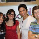 Jair Ramirez con el equipo de ACULCO Media