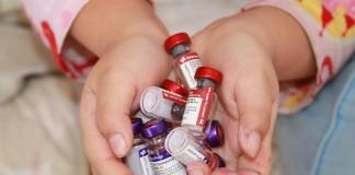 El Departamento de Salud rechaza la petición de vacunar a todos los niños contra la meningitis B.