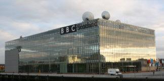 Cuatro presentadores de la BBC deciden bajarse el sueldo por la brecha salarial. Imagen de archivo.