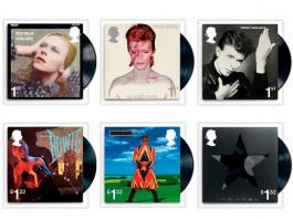 Imágenes de las estampillas de Bowie.