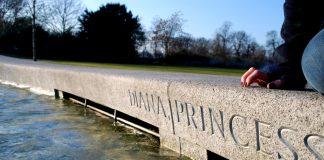 El conde Spencer dice que le mintieron sobre que los príncipes quisieran ir detrás del ataúd de Diana. Imagen de archivo.