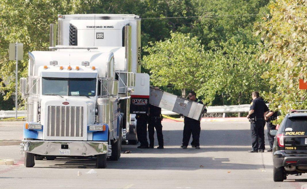 El camión en el que iban los inmigrantes. El blog de Fred L. Álvarez.