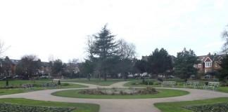 ACULCO Media -Investigan ataque sexual en un parque de Wimbledon