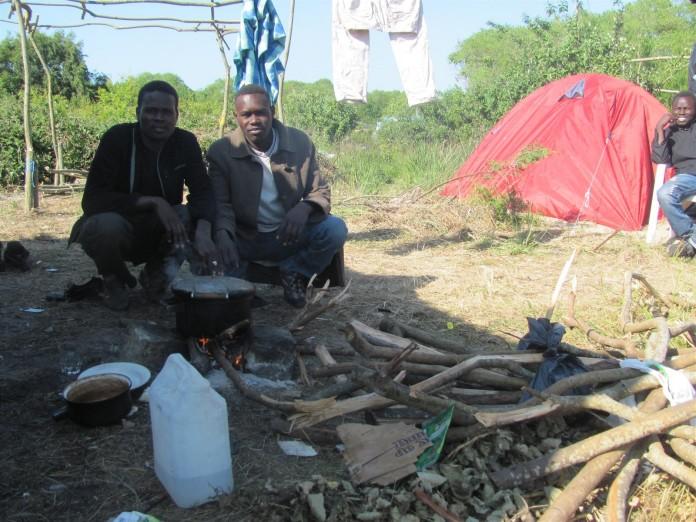 cuatro migrantes de Calais podrán reunirse con sus familiares de Gran Bretaña.
