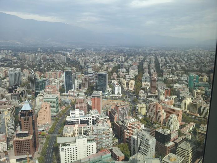 Nube tóxica afecta a Santiago de Chile