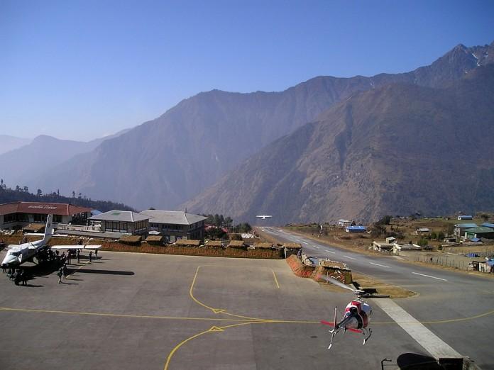 Avión en Nepal