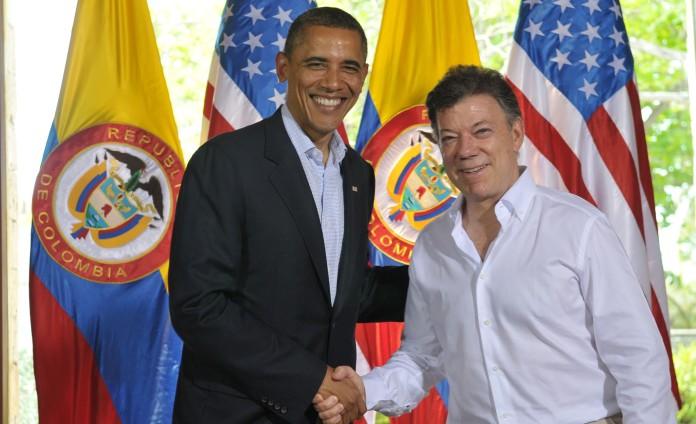 Encuentro entre Obama y Santos. www.deracamandaca.com