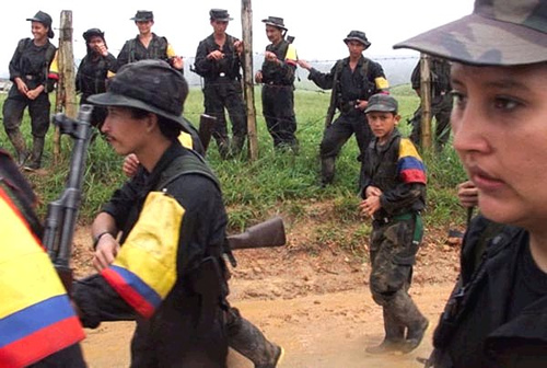 Las FARC anunciaron el fin del reclutamiento de menores de edad.