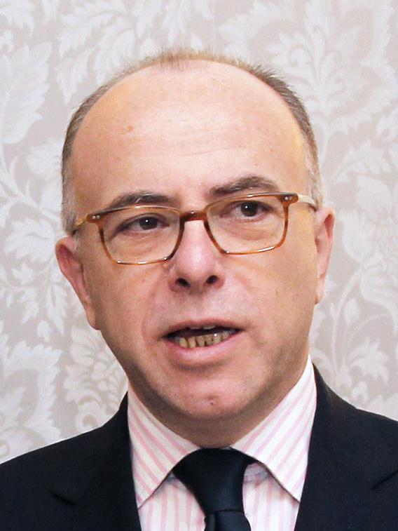 Bernard Cazeneuve, ministro de Interior francés.