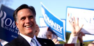Mitt Romney arremete contra Donald Trump.