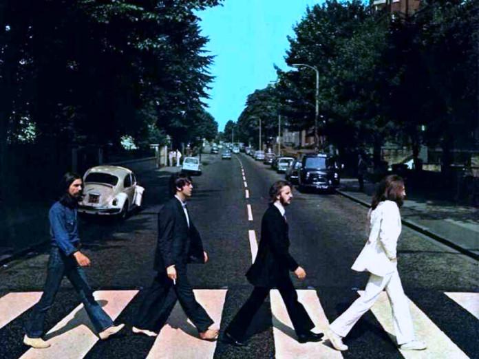 Muere el productor de Los Beatles George Martin.