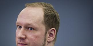 Breivik demanda a Noruega por vulnerar sus derechos.