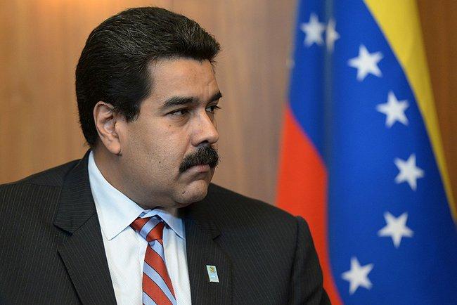 Venezuela: oposición inicia proceso legal para sacar a Maduro del poder