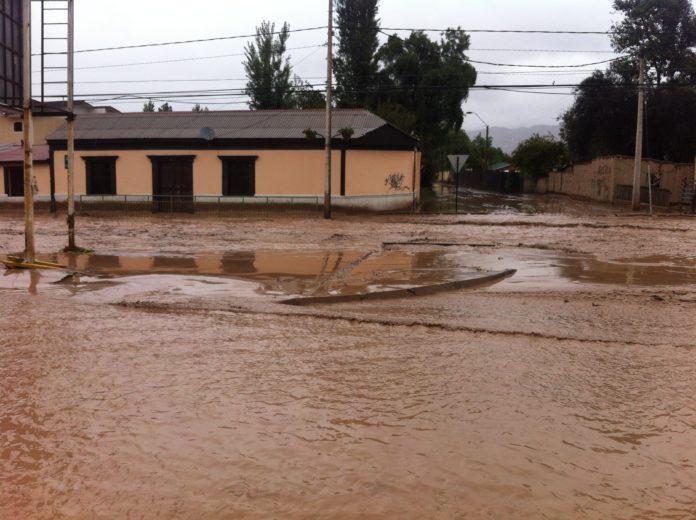 Al menos dos muertos y diez desaparecidos deja el temporal en Chile
