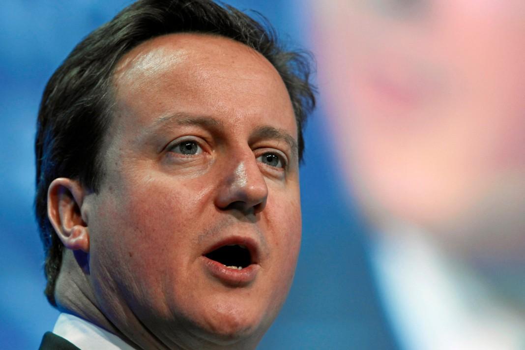 David Cameron hace públicas sus finanzas.