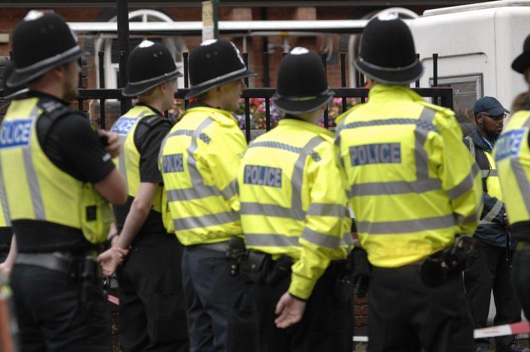 Reino Unido: Acusan a tres personas de Birmingham por terrorismo