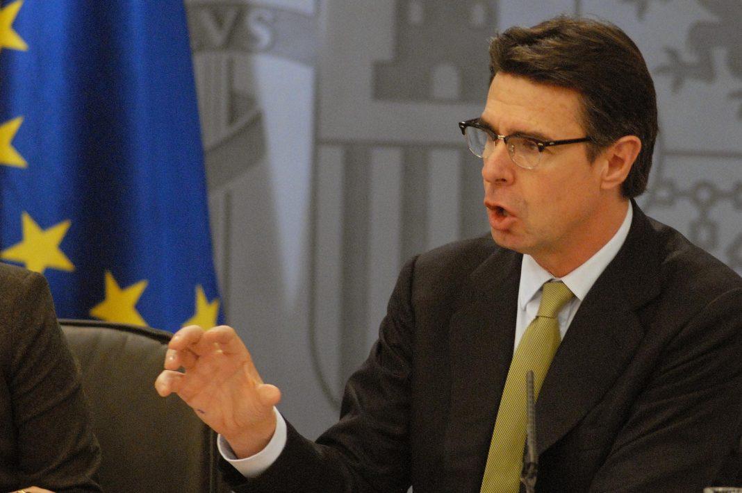 José Manuel Soria presenta su renuncia como ministro de Industria