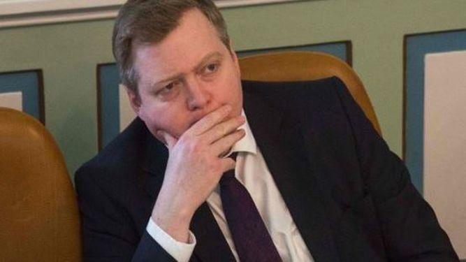 Piden la dimisión del Primer ministro de Islandia