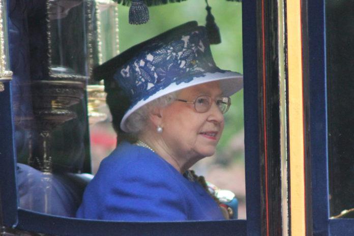 La reina Isabel II celebra su 90 cumpleaños
