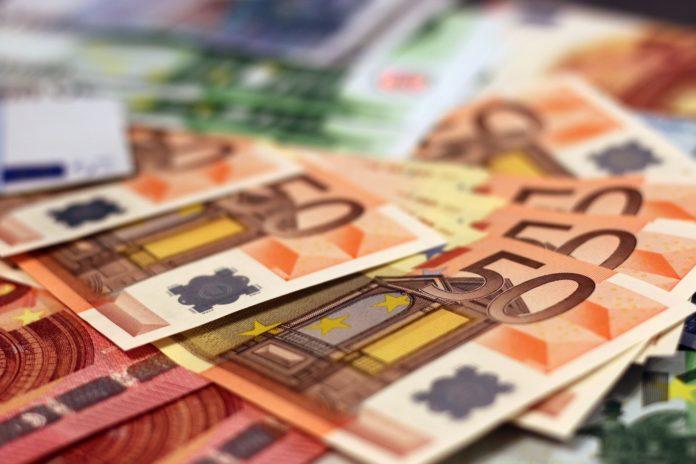 billets-de-banque-euros-1456165834Zs3