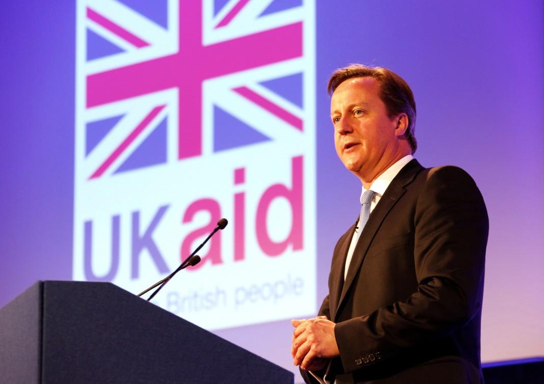 David Cameron admite que se benefició de Mossak Fonseca