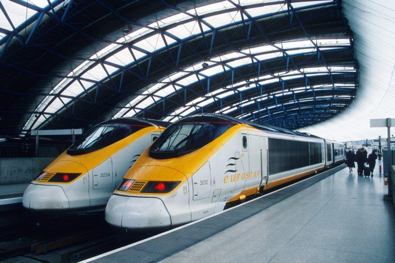 Pasajeros de Eurostar tuvieron que pasar la noche en París ante alerta de paquete sospechoso