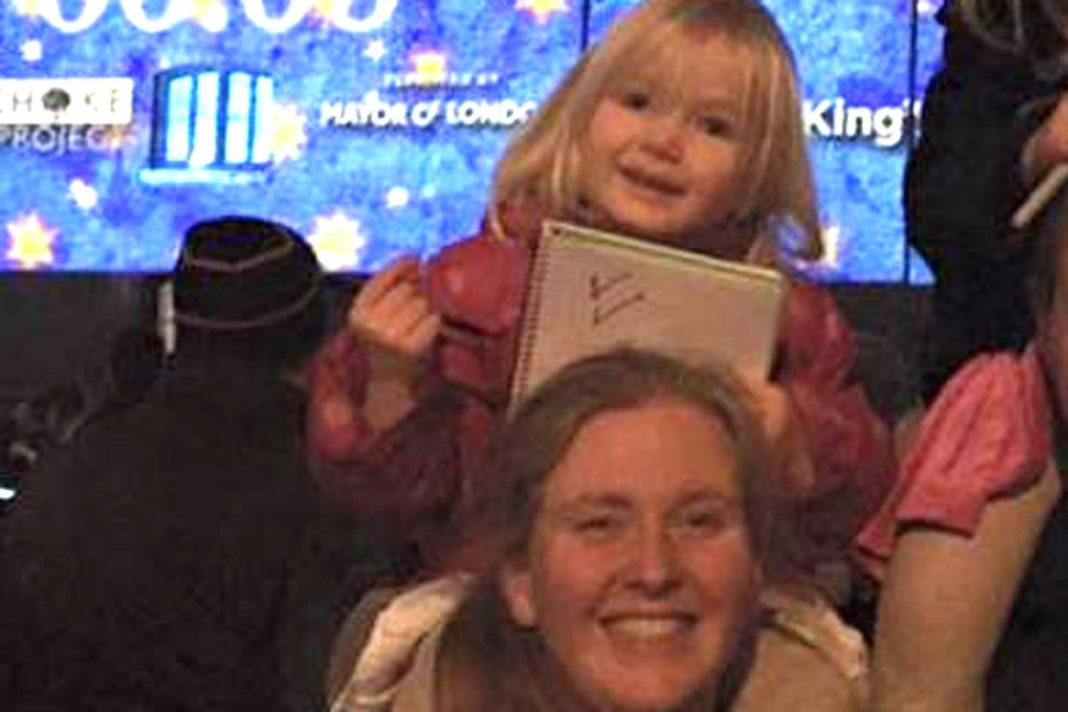 Becky Hickmore, exmilitante tory, muere en un accidente de tráfico junto a su hija. Standard.co.uk
