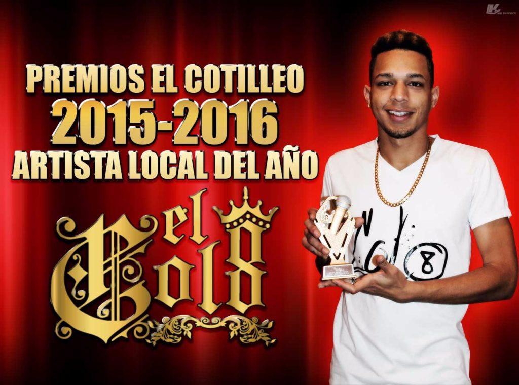 El Colocho al ganar el premio Cotilleo al artista local del año