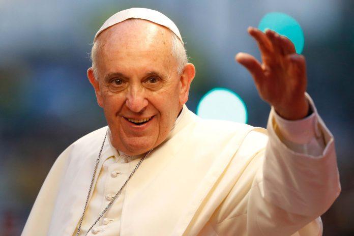 El Papa estudiará permitir a las mujeres celebrar bodas y bautizos