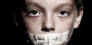 La operación Bulldog investiga una red de pedofilia. natemat.pl