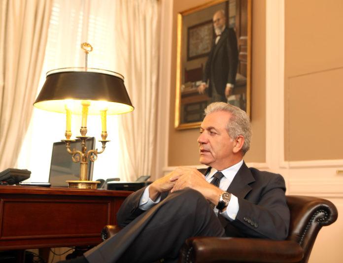 Dimitris Avramopoulus, comisario de Migración.