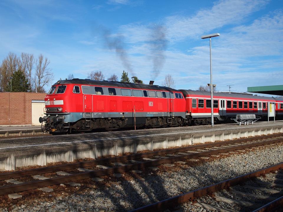 Tren en Alemania. Imagen de archivo.