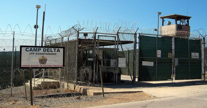 El Gobierno de EE.UU. aprueba la mayor salida de presos de Guantánamo. Imagen de archivo.