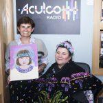 Angie Camacho y Gloria Gómez Canal en los estudios de ACULCO Media.