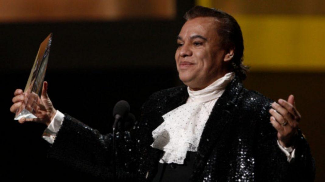 El cantante, Juan Gabriel, falleció por un infarto. www.t13.cl.