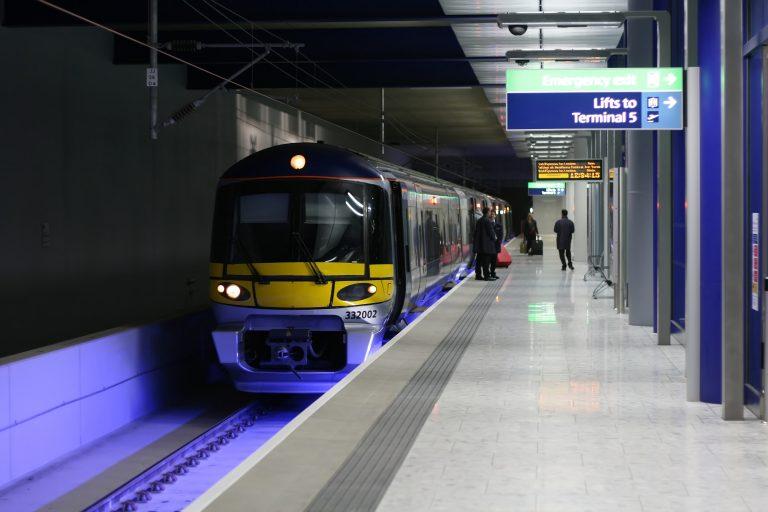 Se prevén interrupciones en el servicio de trenes durante navidad