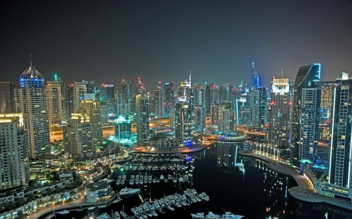 Detienen a una mujer tras reportar violación en Dubái. Imagen de archivo.