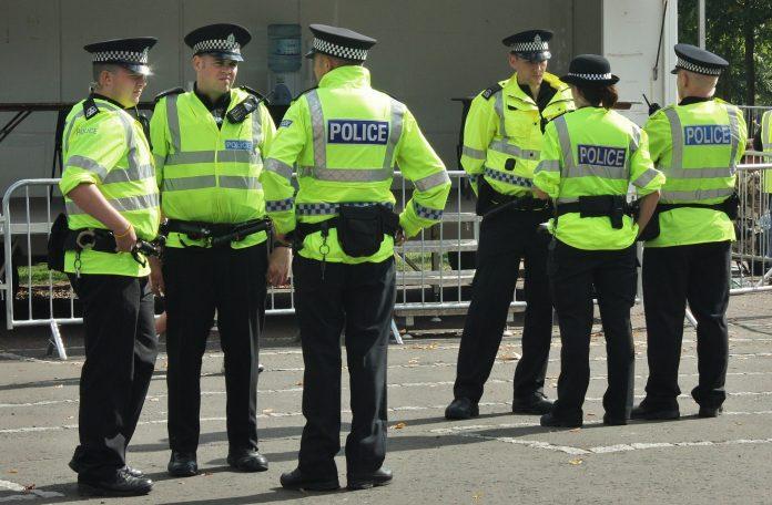 Policías en la calle. Imagen de archivo.