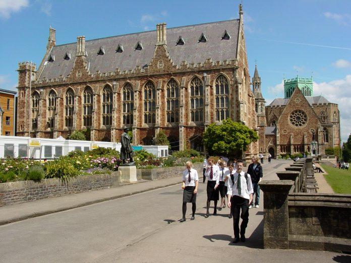 Escuela pública en Bristol. Imagen de archivo.