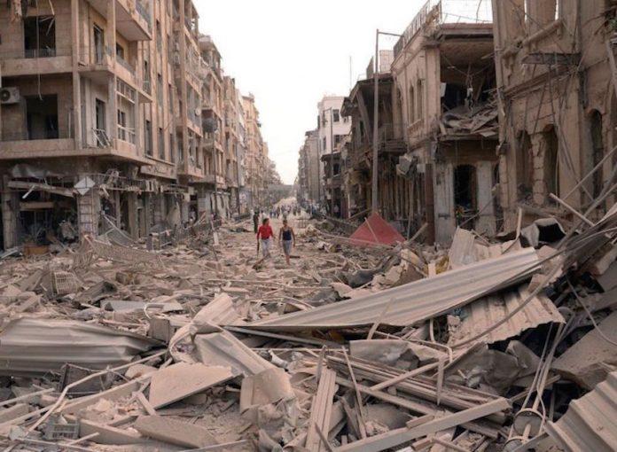 Calle de Alepo tras los combates. El Viejo Topo.