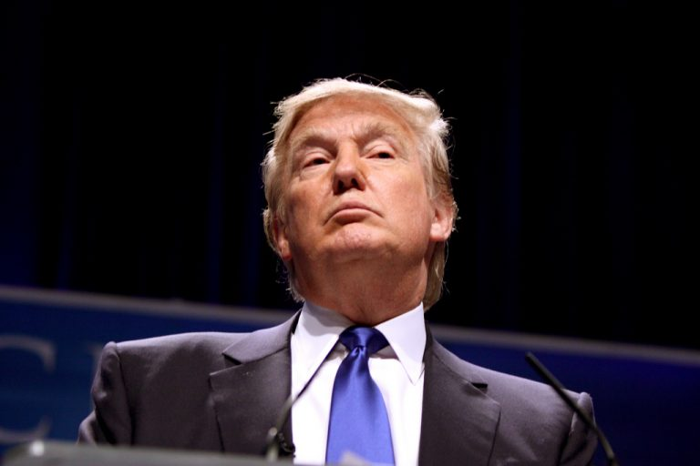 Trump advierte de la posibilidad real de un conflicto con Corea del Norte