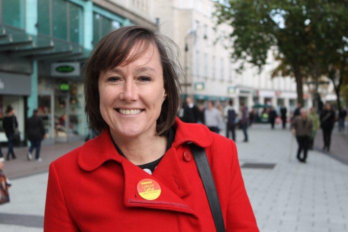 La MP laborista, Jo Stevens. Jo Stevens.co.uk