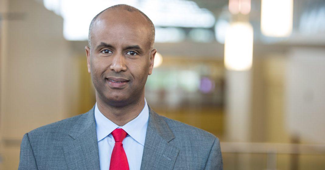 Ahmed Hussen, ministro de Inmigración de Canadá. Liberal.ca.
