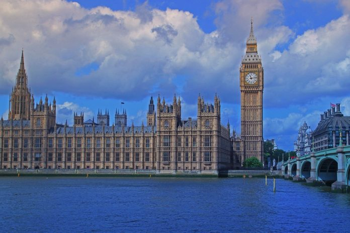 Se oponen a que Donald Trump hable en el Parlamento británico. Imagen de archivo.
