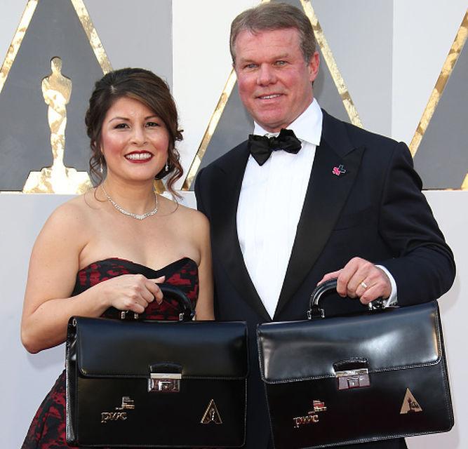Brian Cullinan y Martha Ruiz, los culpables del fallo de los Oscar
