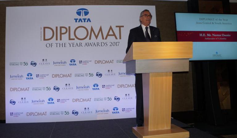 Embajador de Colombia nombrado como Embajador Latinoamericano del año por Diplomat Magazine