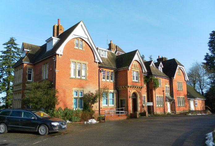 Los precios de la vivienda bajan por primera vez en Reino Unido desde 2012. Imagen de archivo.