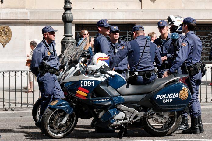 La Policía Nacional detuvo a tres presuntos yihadistas. Imagen de archivo.