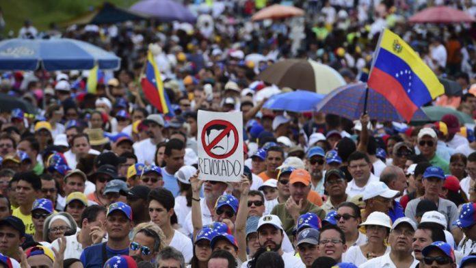 Huelga general convocada por la oposición en 2016. T13.