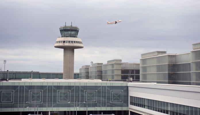 Más caos tras anuncio de huelga indefinida en el aeropuerto de El Prat. Imagen de archivo.